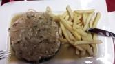 Zwaardvis met uien en patat